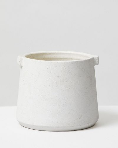 White Handle Pot 1