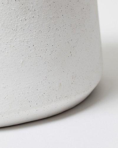 White Handle Pot 2