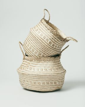 Seagrass Tribal White Group 0267
